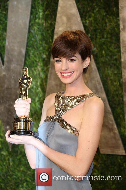 Anne Hathaway, Sunset Tower