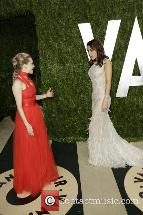 Am, A Seyfried and Samantha Barks 1