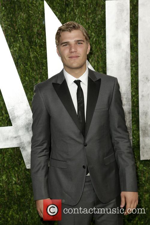 chris zylka 2013 vanity fair oscar party 3527454