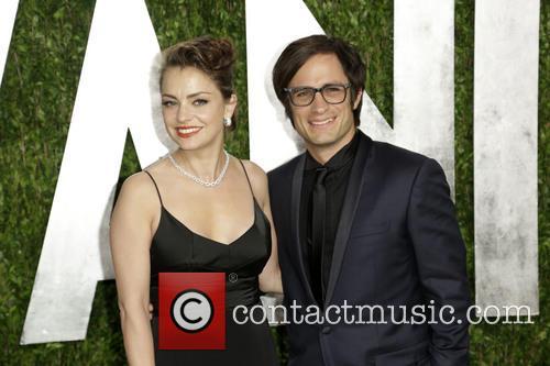 Dolores Fonzi and Gael Garcia Bernal 2