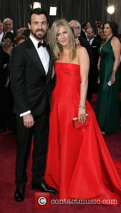 Justin Theroux and Jennifer Aniston 7