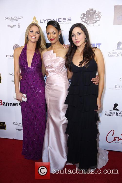 Ellen Hollman, Cynthia Addai-robinson and Jenna Lind 1