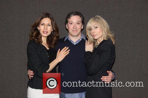 Jessica Hecht, Jeremy Shamos and Judith Light 4