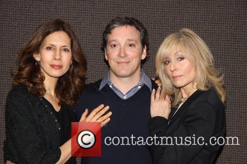 Jessica Hecht, Jeremy Shamos and Judith Light 5
