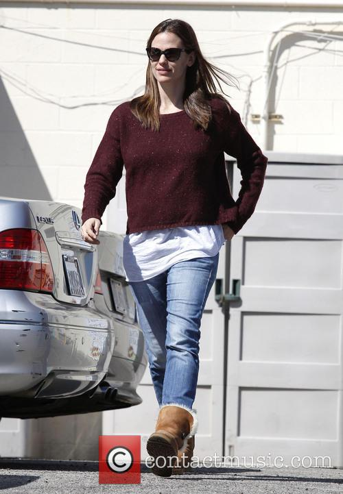 Jennifer Garner seen toy shopping