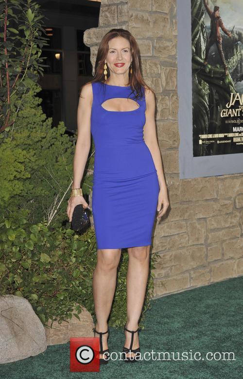 Michelle Clunie 3