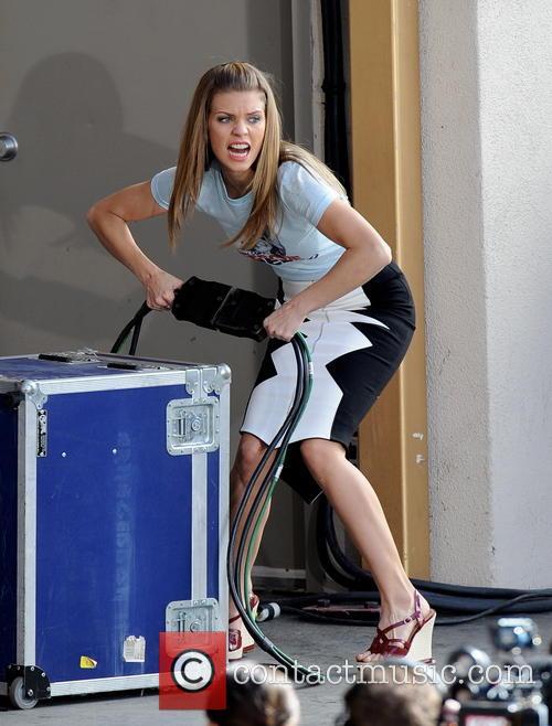 AnnaLynne McCord does a scene of '90210'
