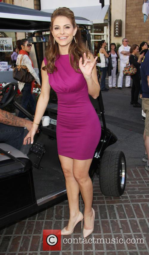 maria manounos celebrities at the grove to 3532551