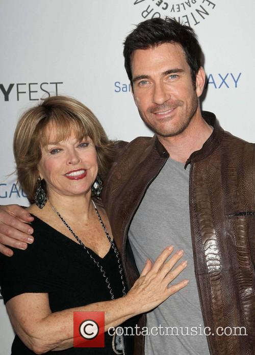 pat mitchell dylan mcdermott the paleyfest icon award 3531953