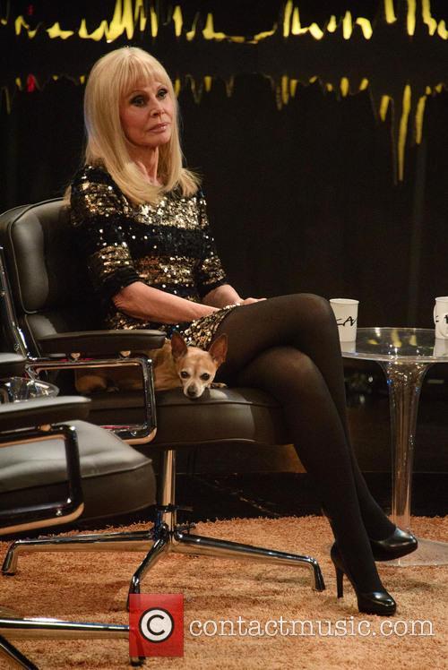 Britt Ekland 4