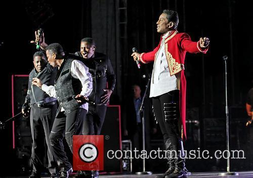 Tito Jackson, Jackie Jackson, Marlon Jackson and Jermaine Jackson 9