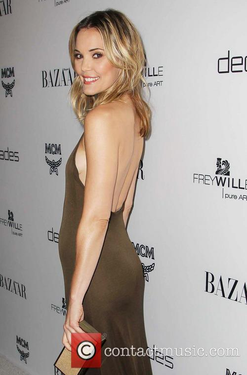 leslie bibb copy harpers bazaar celebrates the 3534335