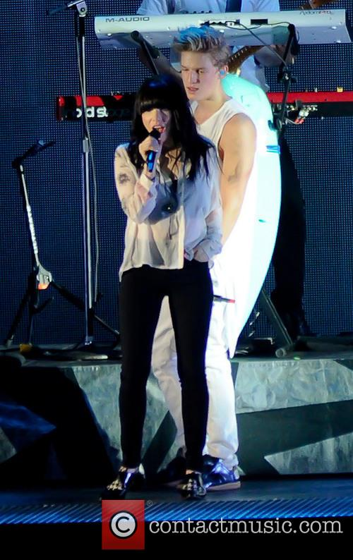 Cody Simpson and Carly Rae Jepsen 1