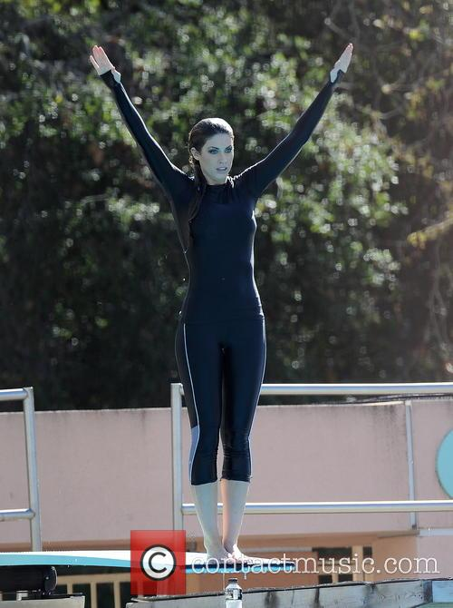 katherine webb celebrities practice their dives for 3533650