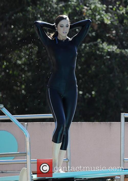 katherine webb celebrities practice their dives for 3533661
