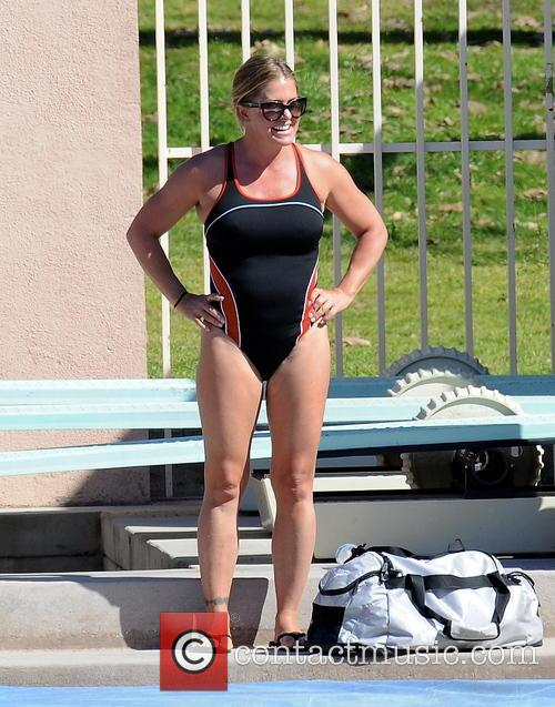 nicole eggert celebrities practice their dives for 3533638