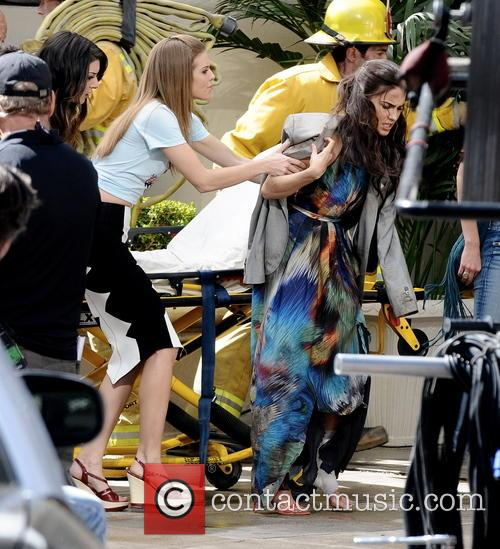 Annalynne Mccord and Jessica Lowndes 9