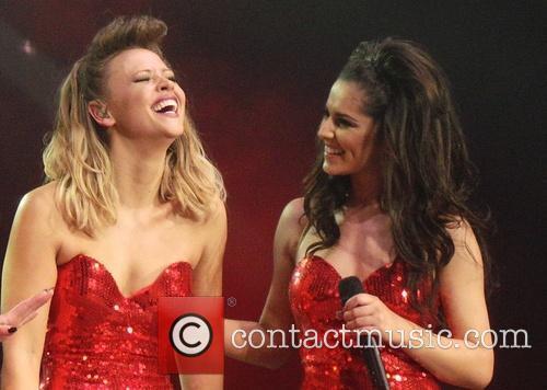 girls aloud kimberly walsh cheryl cole girls aloud performing 3535449