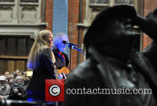 Brian May and Kerry Ellis 4