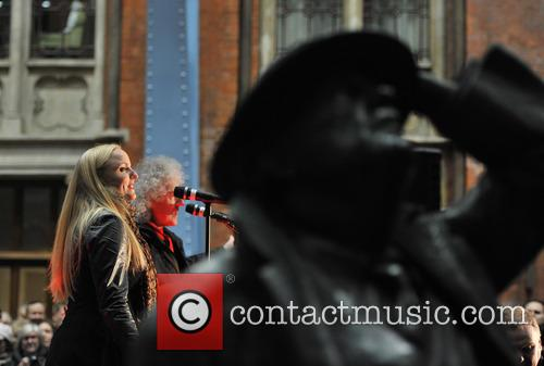 Brian May and Kerry Ellis 6