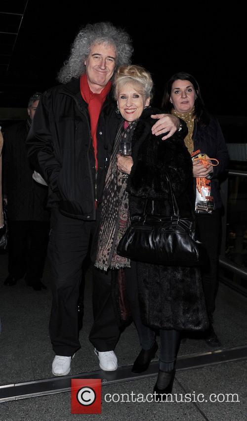 Brian May, Anita Dobson