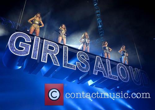 Sarah Harding, Nadine Coyle, Kimberley Walsh, Cheryl Cole, Nicola Roberts and Girls Aloud 2