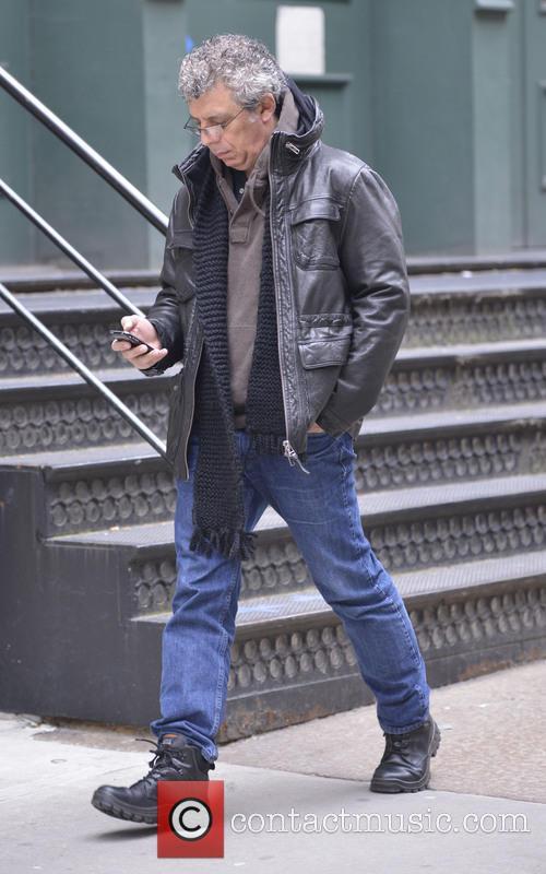 eric bogosian american actor eric bogosian fiddles 3537019