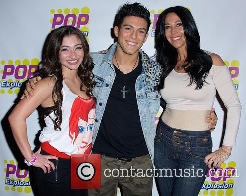 Carla Facciolo, Raquel Castro and Franky 2