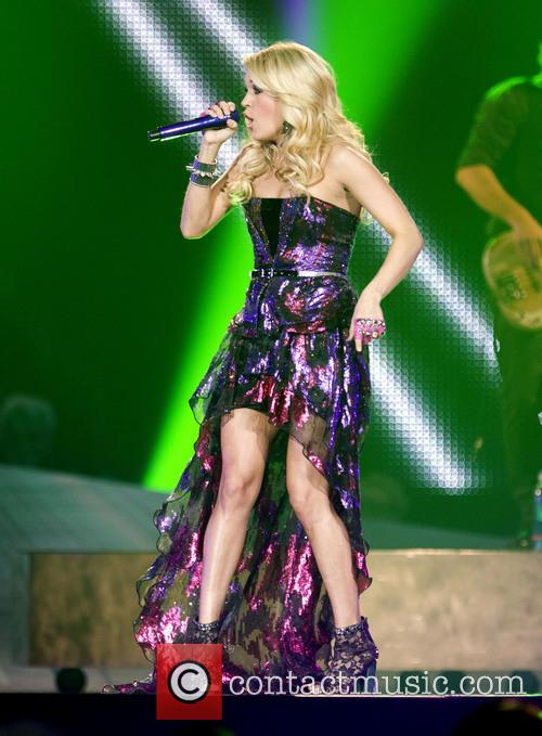 Carrie Underwood 16