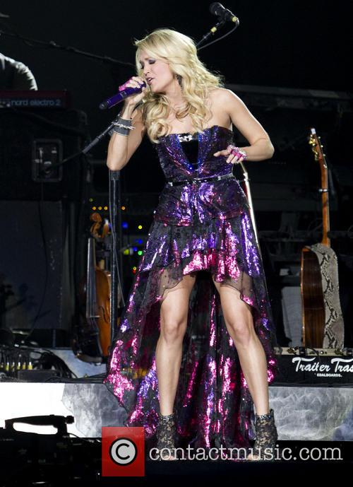 Carrie Underwood 21