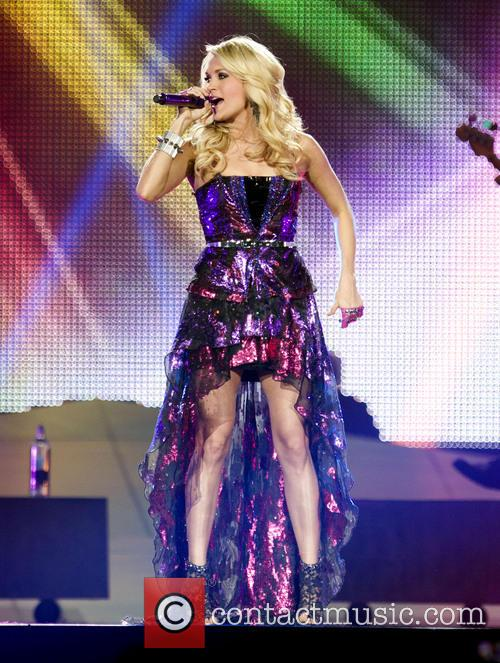 Carrie Underwood 27