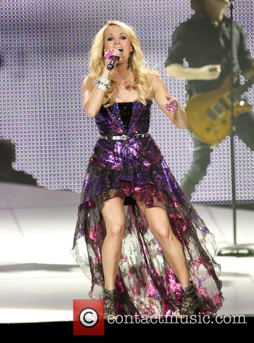 Carrie Underwood 37