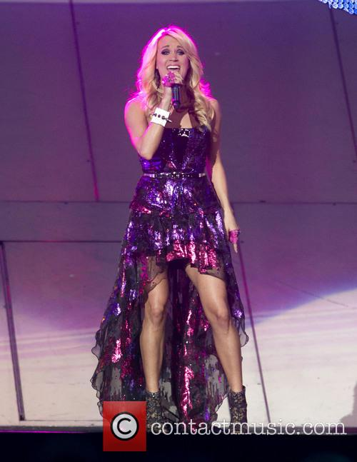 Carrie Underwood 38