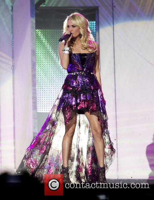Carrie Underwood 45