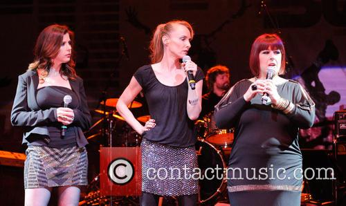 Carnie Wilson, Wendy Wilson and Chynna Phillips 5