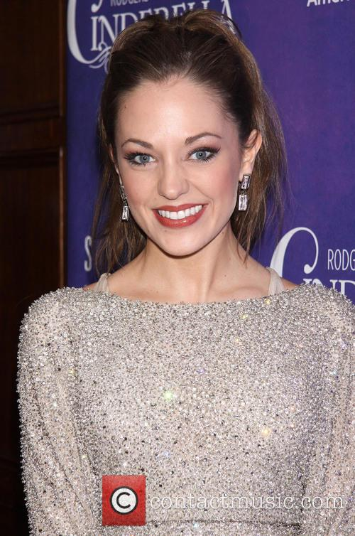 laura osnes wearing randi rahm premiere after 3538425