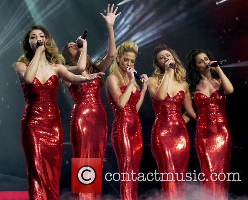 Nicola Roberts, Nadine Coyle, Sarah Harding, Kimberley Walsh and Cheryl Cole 4