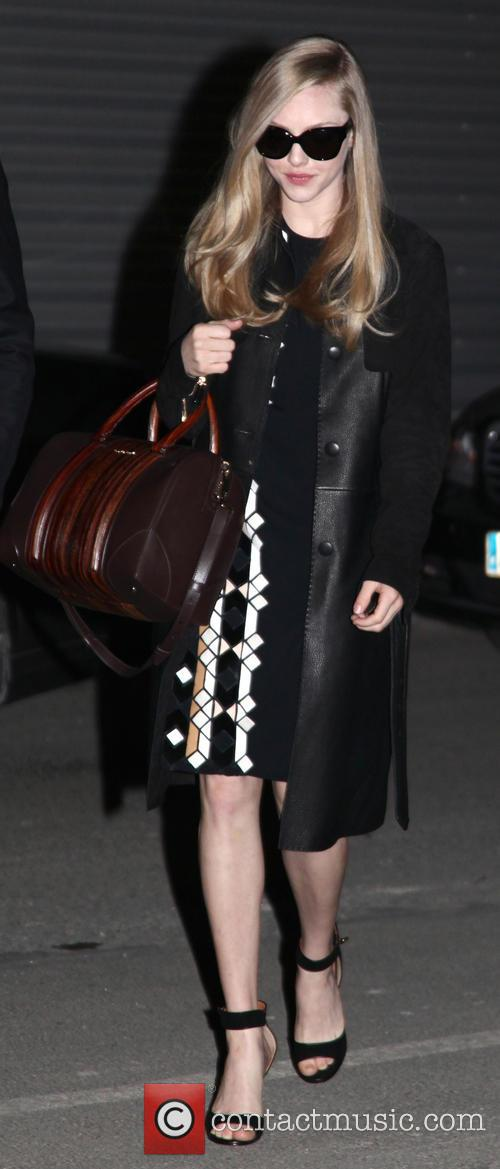 amanda seyfried paris fashion week givenchy 3537566