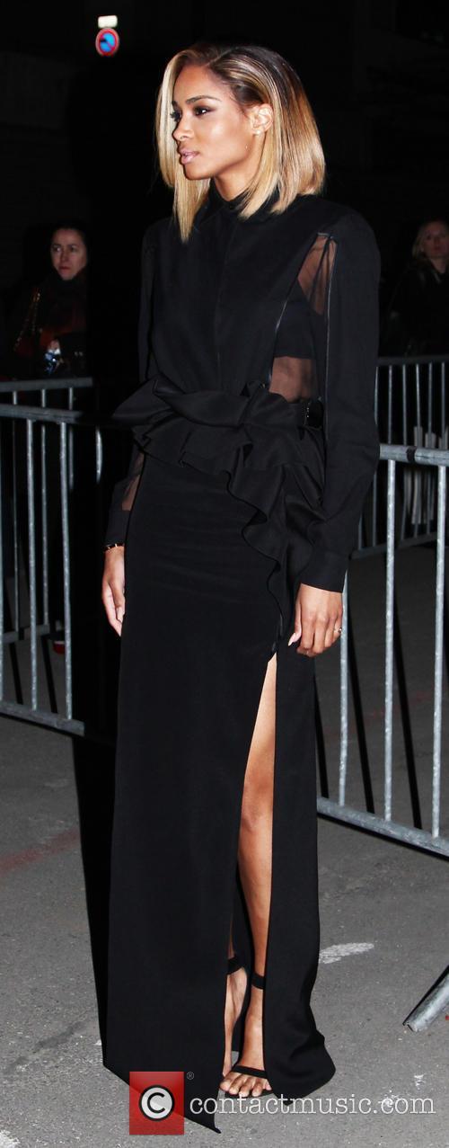 ciara harris paris fashion week givenchy 3537562