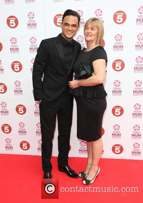 gareth gates with his mother wendy 3538199