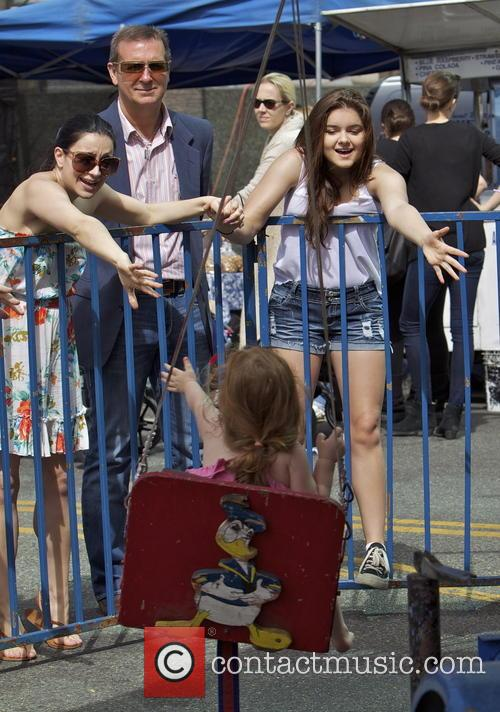 Ariel Winter and Shanelle Workman 7