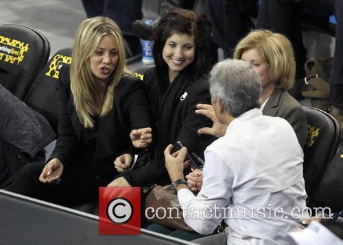 kaley cuoco celebrities at the la tennis 3540222