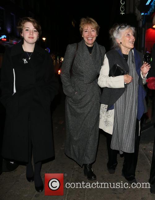 Emma Thompson, Phyllida Law and Gaia Wise 2