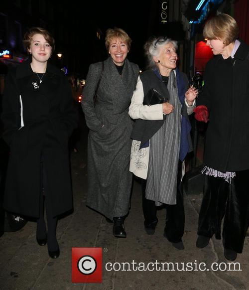 Emma Thompson, Phyllida Law and Gaia Wise 1