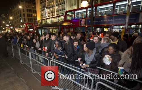 Rihanna and Fans 3