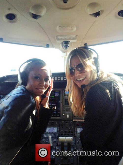 Heidi Klum posted a photo on Twitter with...