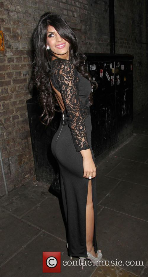 Jasmin Walia and Guest 6