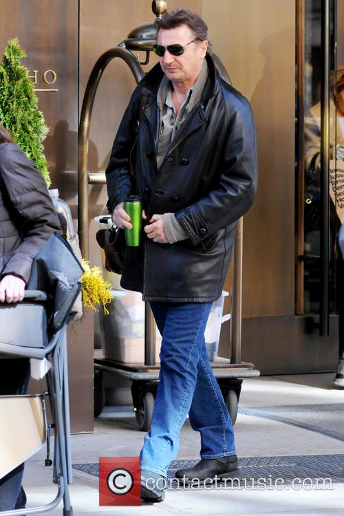 Celebrities outside their Manhattan hotel in New York City