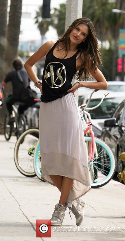 alessandra ambrosio alessandra ambrosio at a photo 3542536