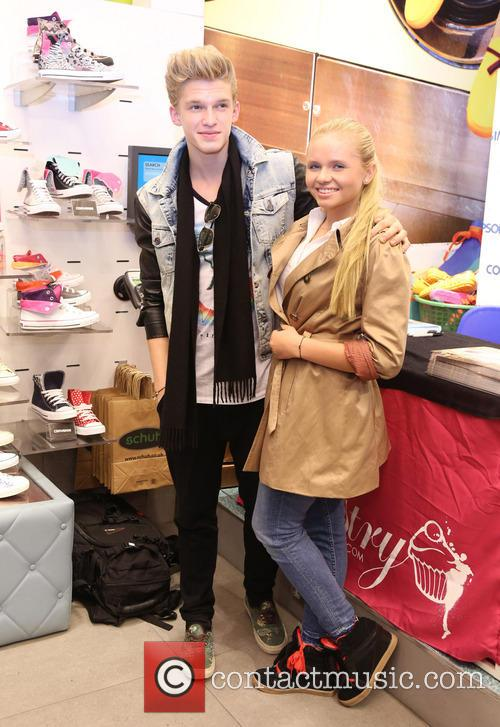 Pastry shoe signing held at Schuh